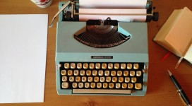machine-writing-1035292_1920